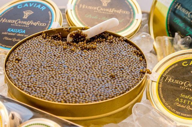 Blinis caviar et œufs de saumon